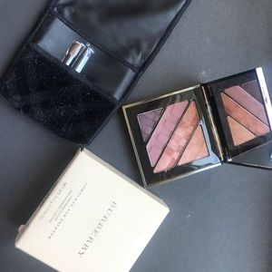 Small palette by Burberry